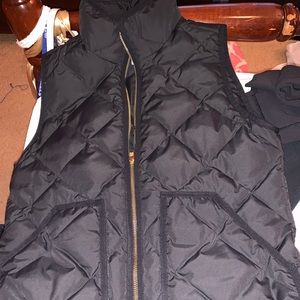 J. Crew excursion vest black